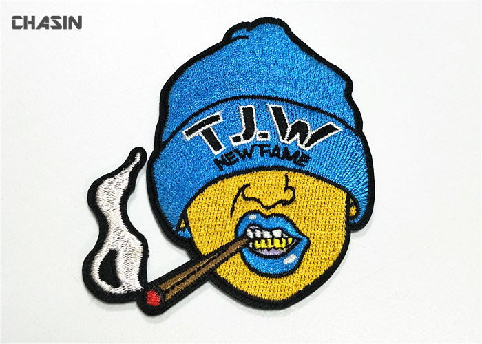 100% Embroidery Beanie Hat Patches Adhesive Heat Eco Friendly Material